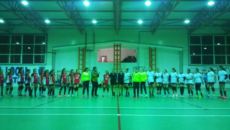 Echipa de handbal învinsă de CSM II