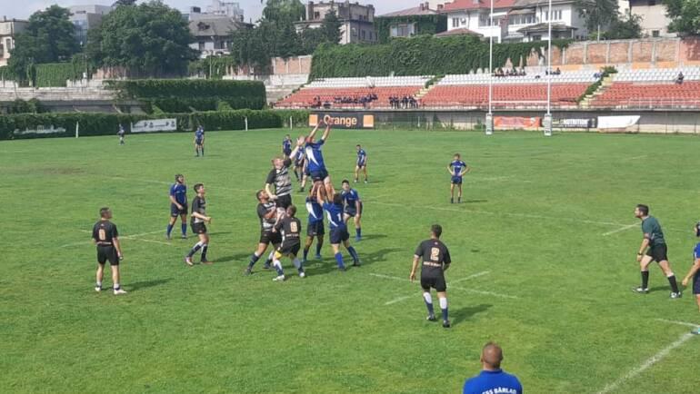 Rugbyștii cel puțin în finala mică